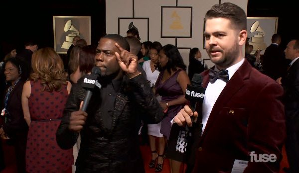 Video: Kevin Hart Talks Madonna's Grill on Grammy's Red Carpet #Getmybuzzup