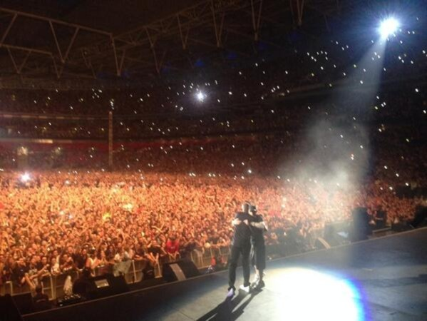 [Watch] Eminem Brings Out Dr. Dre at Wembley Stadium #Getmybuzzup