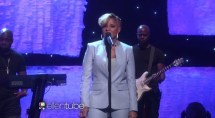 Mary J. Blige Performs 'Right Now' Live on Ellen [Video]