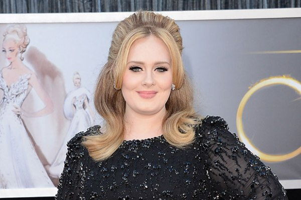 """ADELE'S """"HELLO"""" BECOMES FASTEST VIDEO TO REACH VEVO CERTIFIED STATUS"""