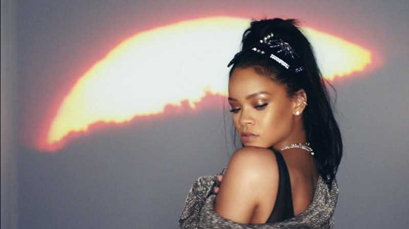 """Calvin Harris ft. Rihanna – """"This Is What You Came For"""" [Video]"""