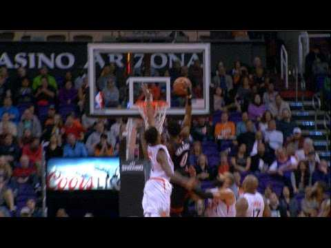 Josh Richardson STRONG One-Handed JAM vs. the Suns | 01.03.17