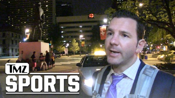 OAKLAND RAIDERS BELIEVE GAREON CONLEY'S INNOCENT… Says Ian Rapoport | TMZ Sports