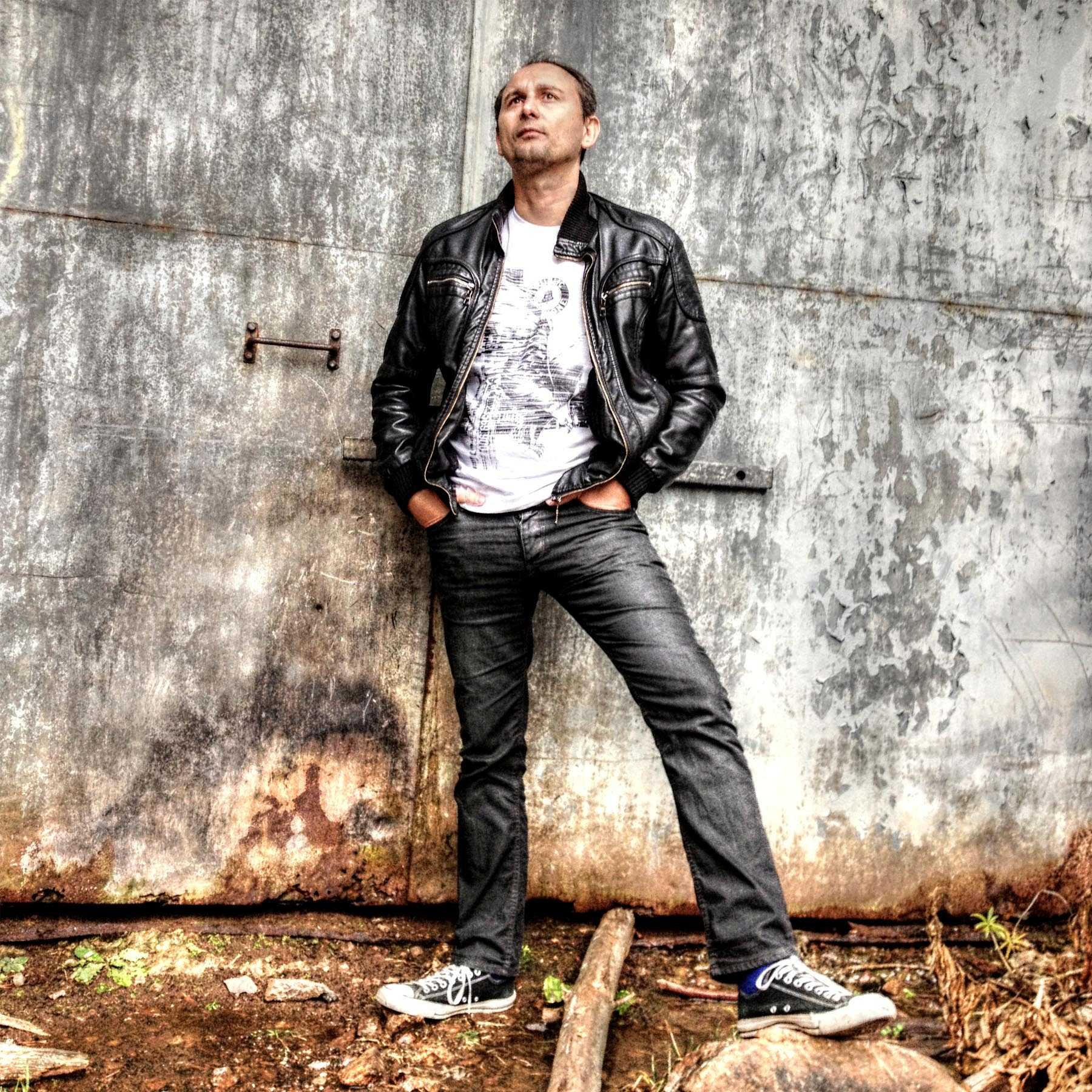 """Vlado Jozic on Being a Solo Artist, His Inspirations, His latest Project """"The Roots"""""""