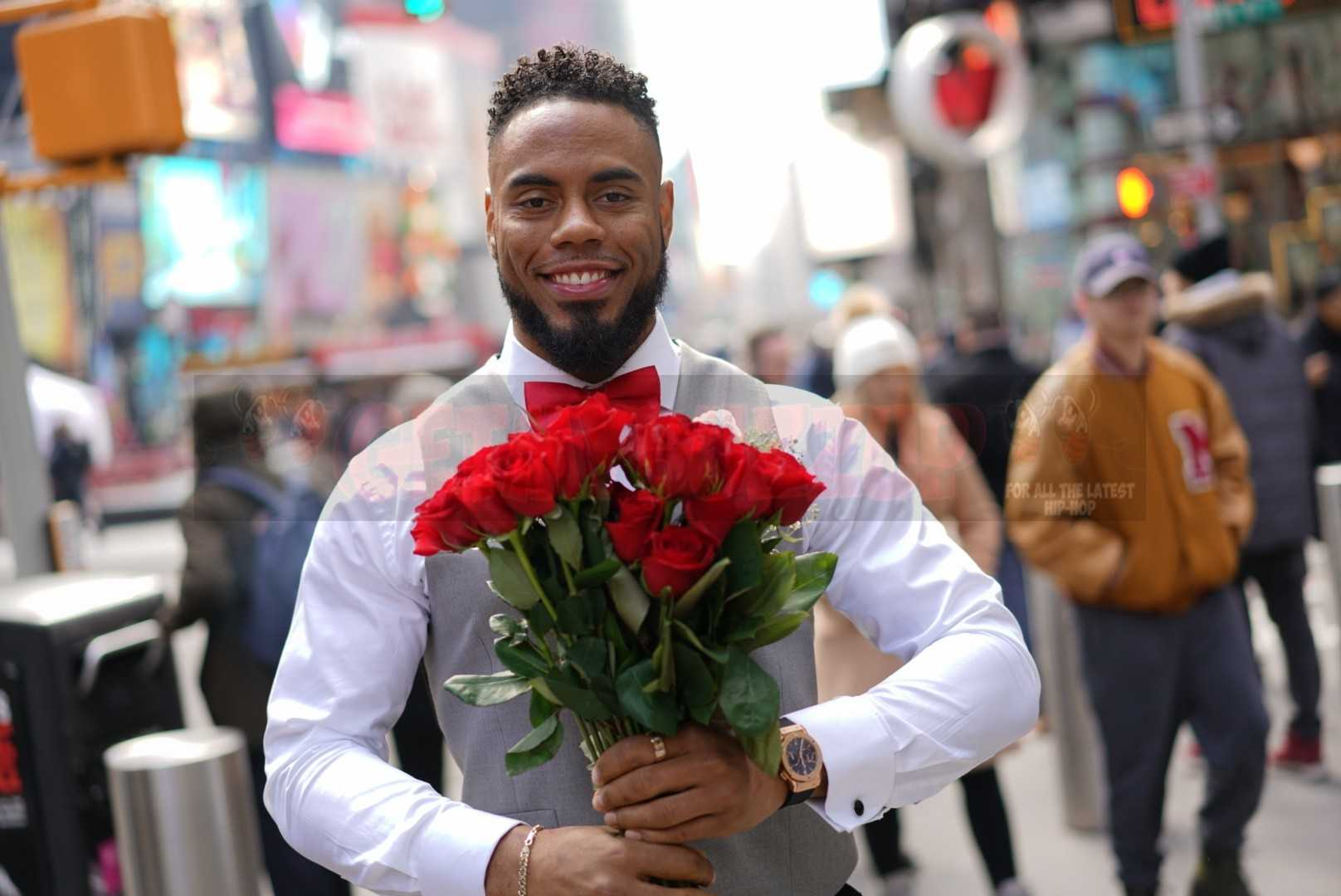 NFL Star Rashad Jennings Teams up with 1-800-Flowers to Surprise New Yorkers for Valentine's Day!