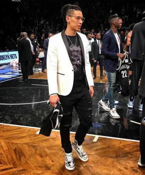 Jeremy Lin Wears Six Hundred Four! [Fashion]