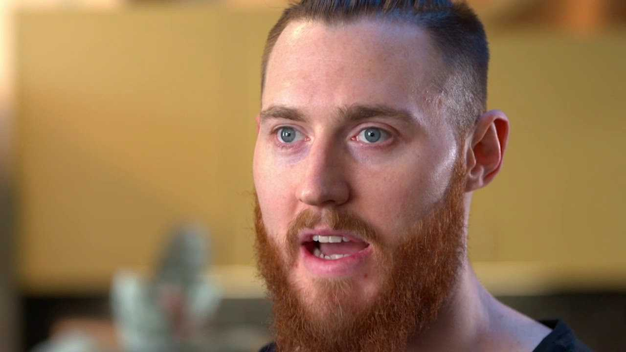 What Does Aron Baynes Eat to Stay Healthy during the NBA Season?