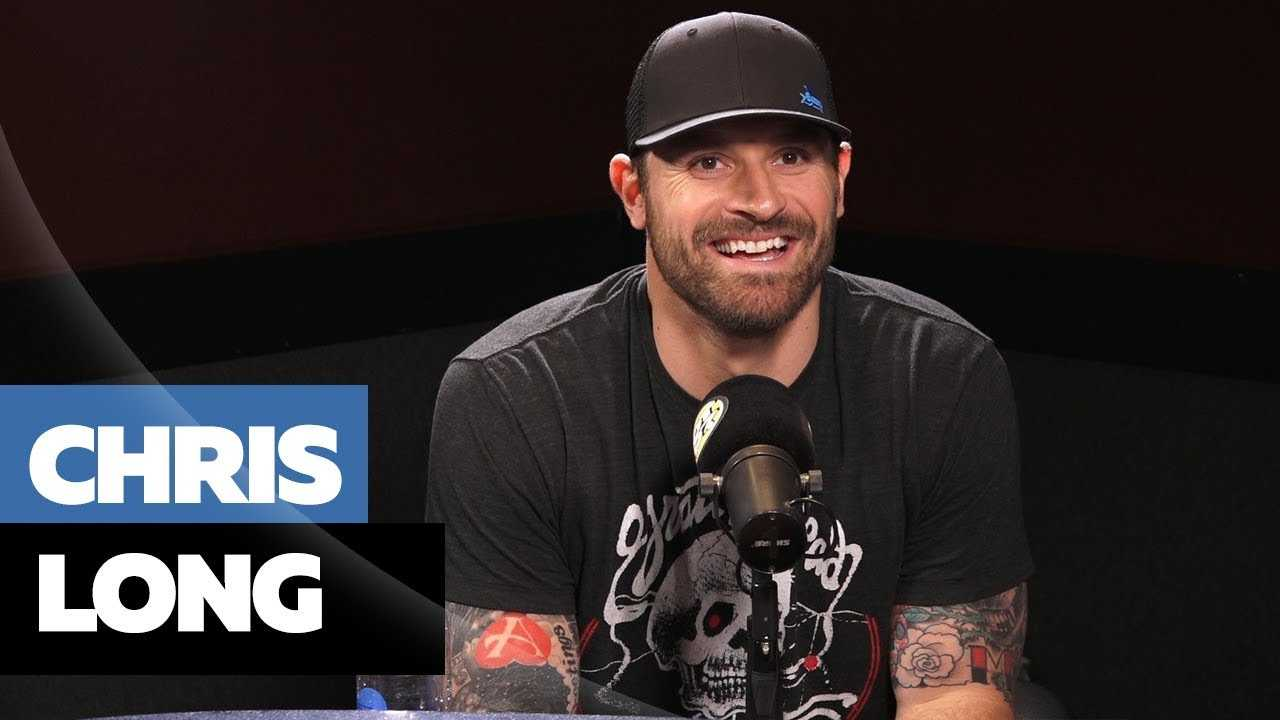Chris Long Clears Up Kanye Tweets + Keeps It Real On Kapernick, Speaking Out In NFL
