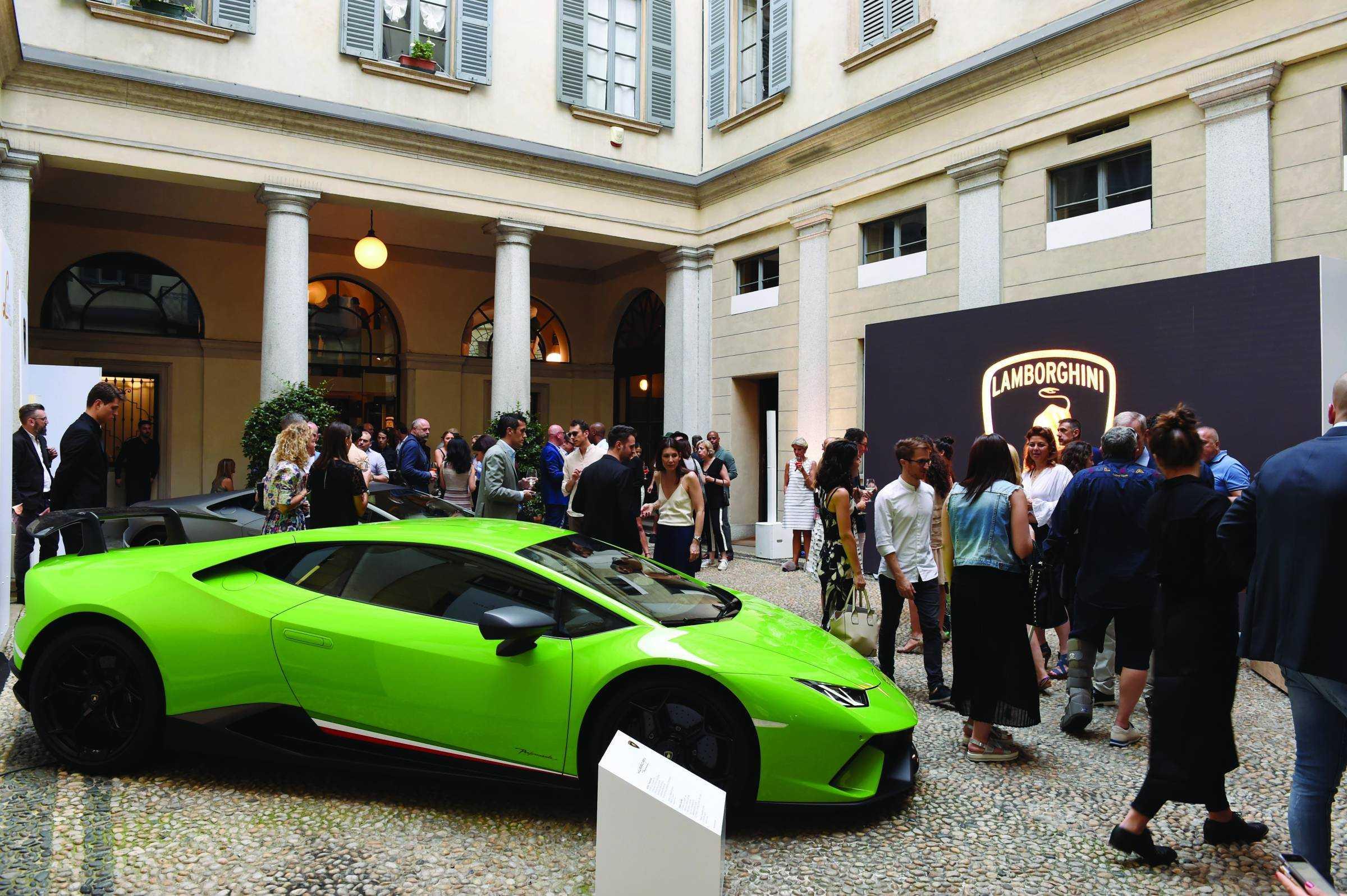 Lamborghini 2019 Spring Summer Collection