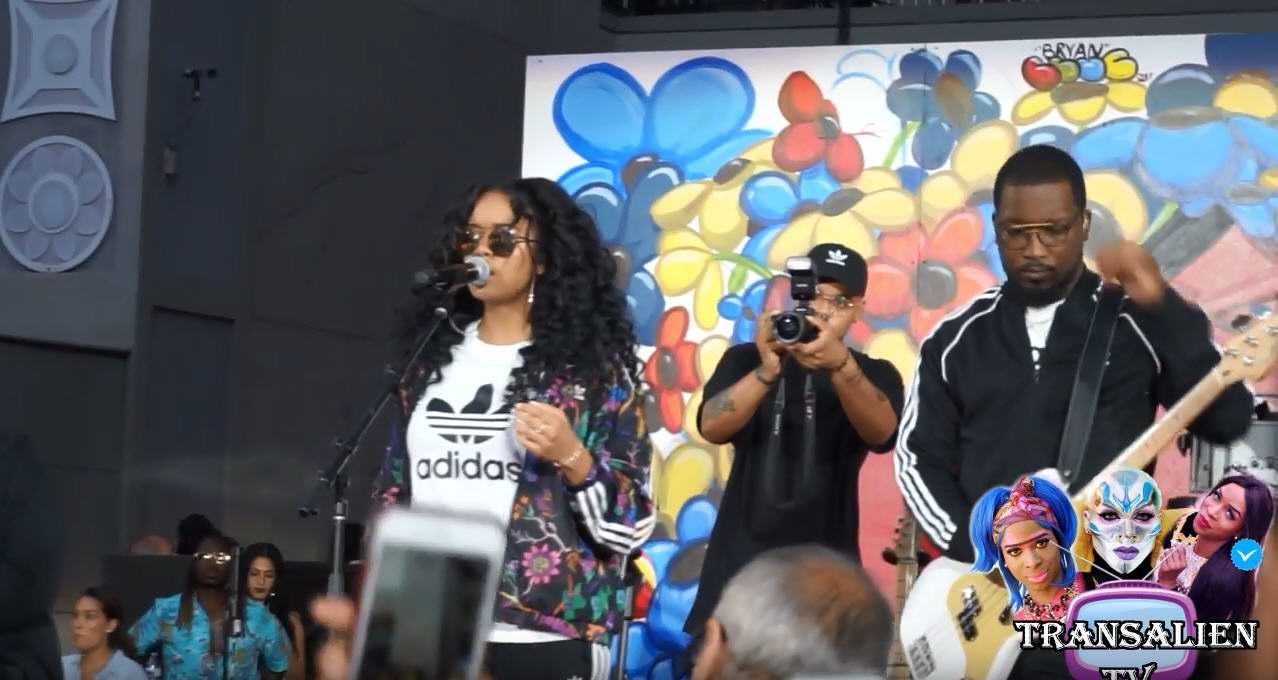 Watch: H.E.R. Performing Live at A Foot Locker Event in L.A. [Live Performance]