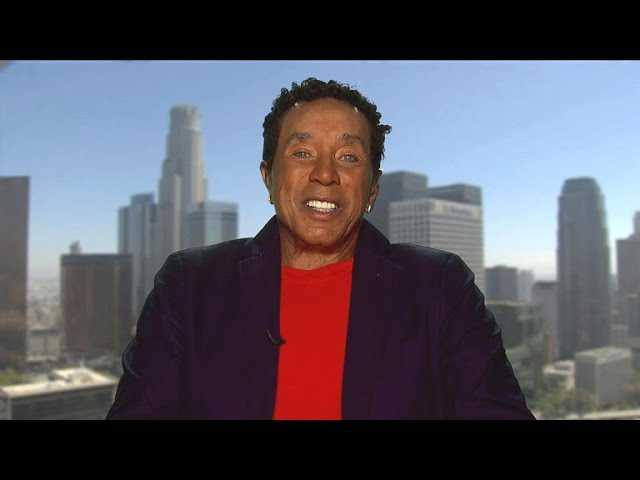 "Smokey Robinson remembers his longtime friend and ""ace,"" Aretha Franklin"