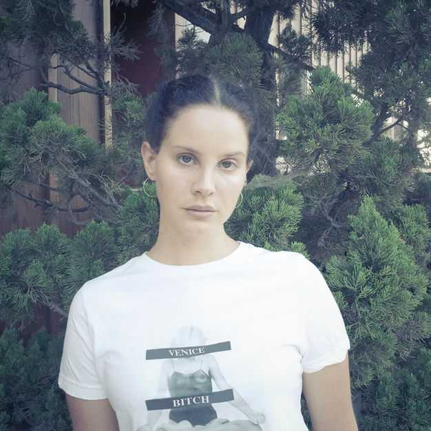 New Single: Lana Del Rey | Mariners Apartment Complex [Audio]