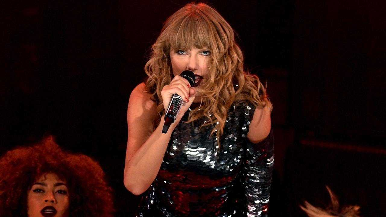 LENOVO PRESENTS: THE CITY OF LOVER CONCERT WITH TAYLOR SWIFT