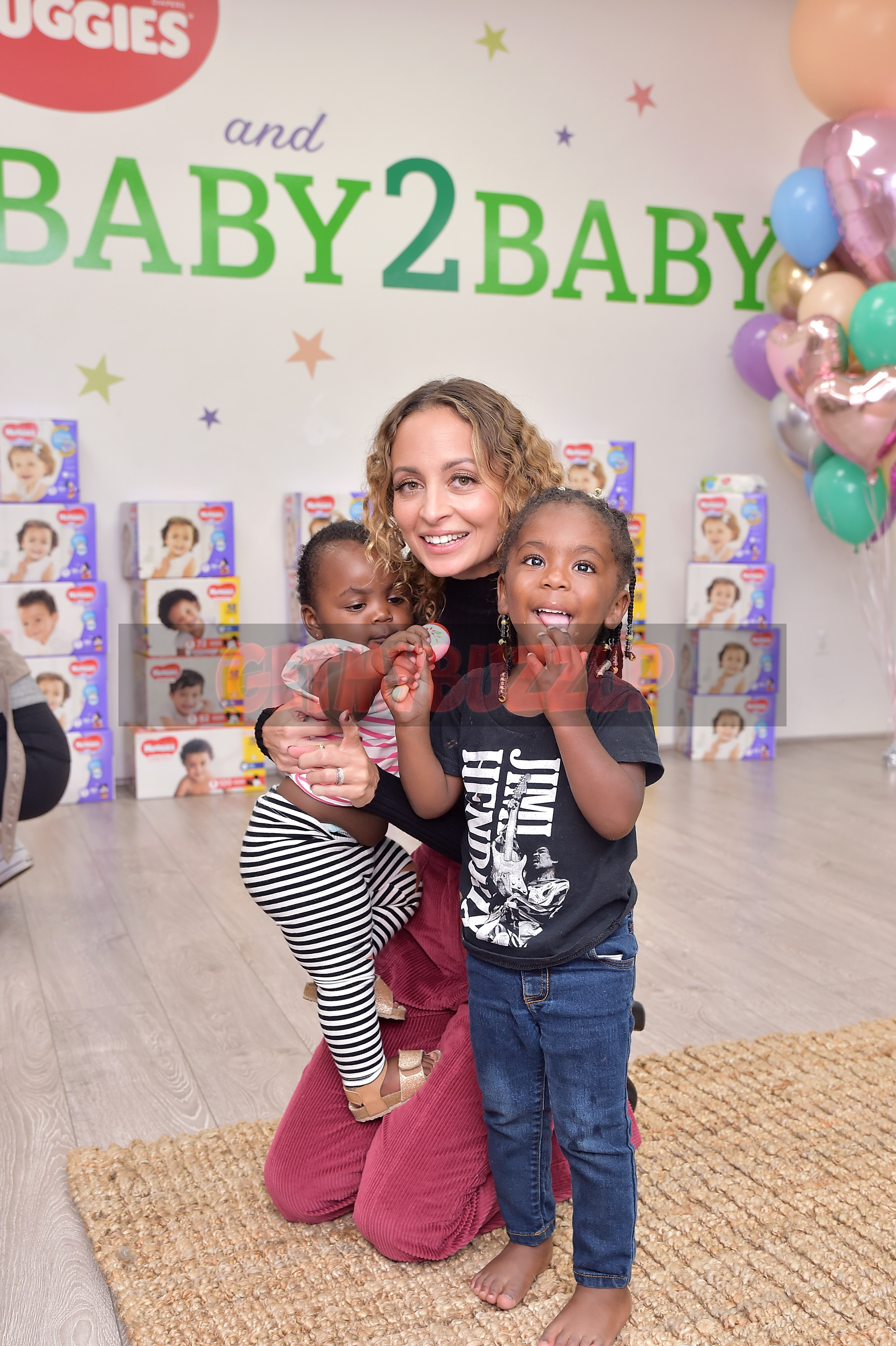 "Nicole Richie Hosts ""Baby2Baby Playdate Presented by Huggies"" [Photos]"