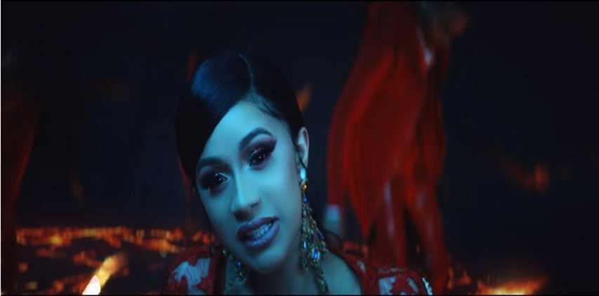 DJ Snake – Taki Taki ft. Selena Gomez, Ozuna, Cardi B [Music Video]
