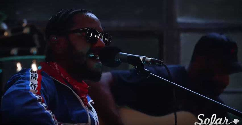 "Watch: Lloyd Performs Acoustic Version Of ""CARAMEL"" For SoFar Sounds"