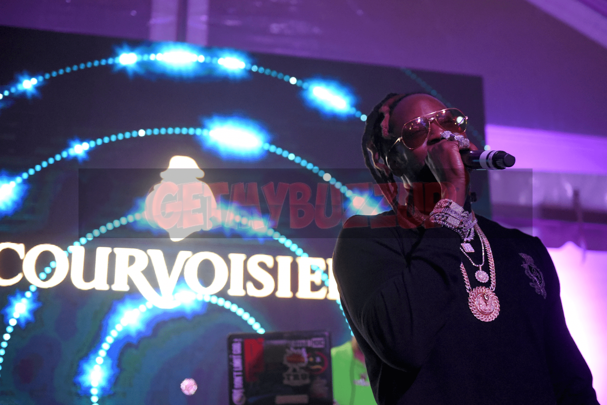 "Event Recap: 2 Chainz Performs During Courvoisier's ""In Honor of Your City"" Art Basel Event [Photos]"
