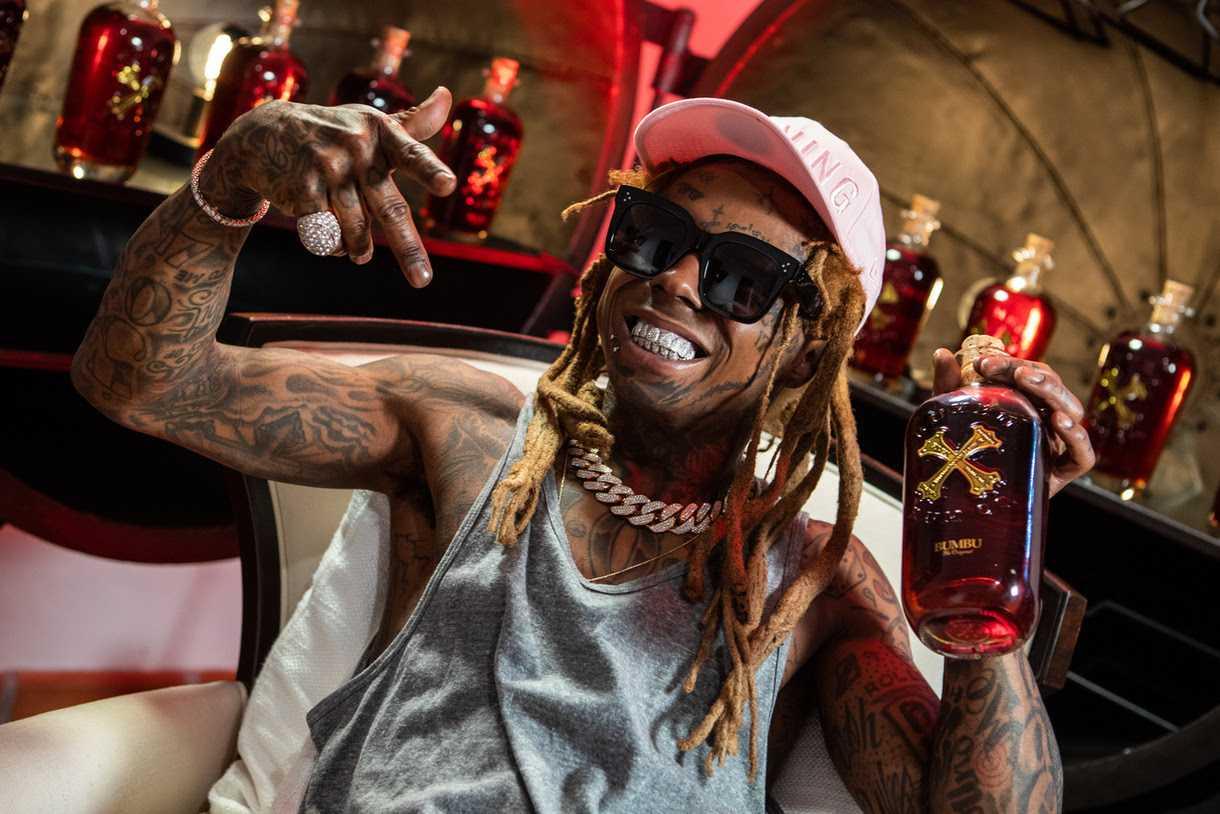 New Lil Wayne video interview gets wild – Nicki vs. Rihanna, Real vs. Fake Bodies, Jordan vs. Kobe [Interview]