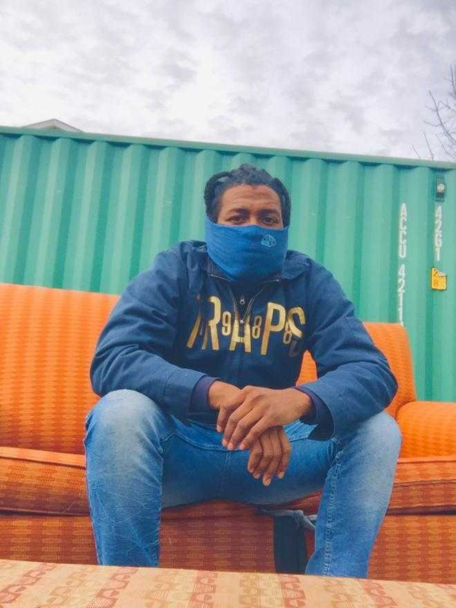 "201 Sunni on His Writing Process, His Latest Project ""2:58am Freestyle"" & More [Interview]"