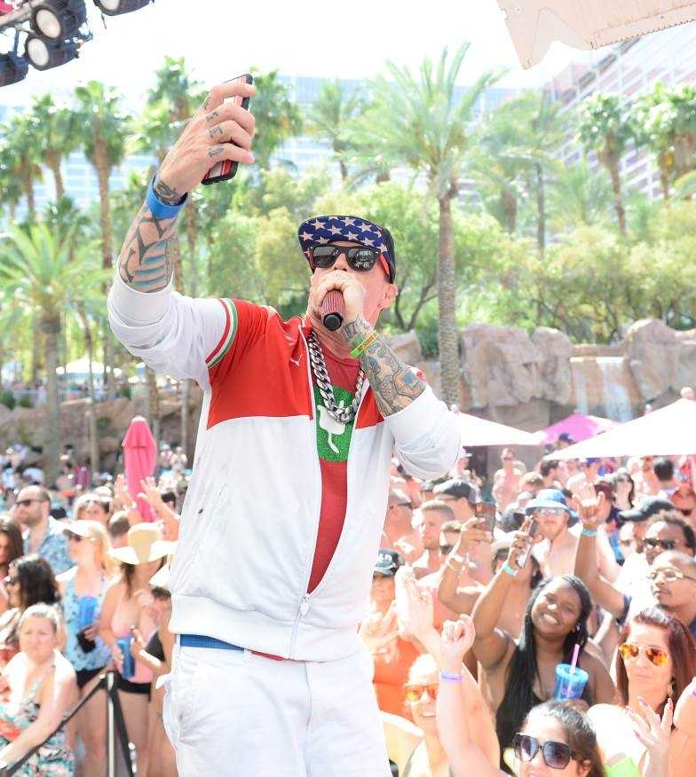 VANILLA ICE PERFORMS AT FLAMINGO LAS VEGAS' GO POOL DAYCLUB [PHOTOS]