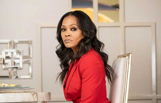 Robin Givens Bares Her Soul and Finds Her Purpose [Interview]