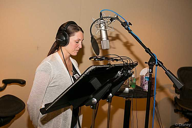 5 Basic Tips For Starting Your Own Voice Actor Business