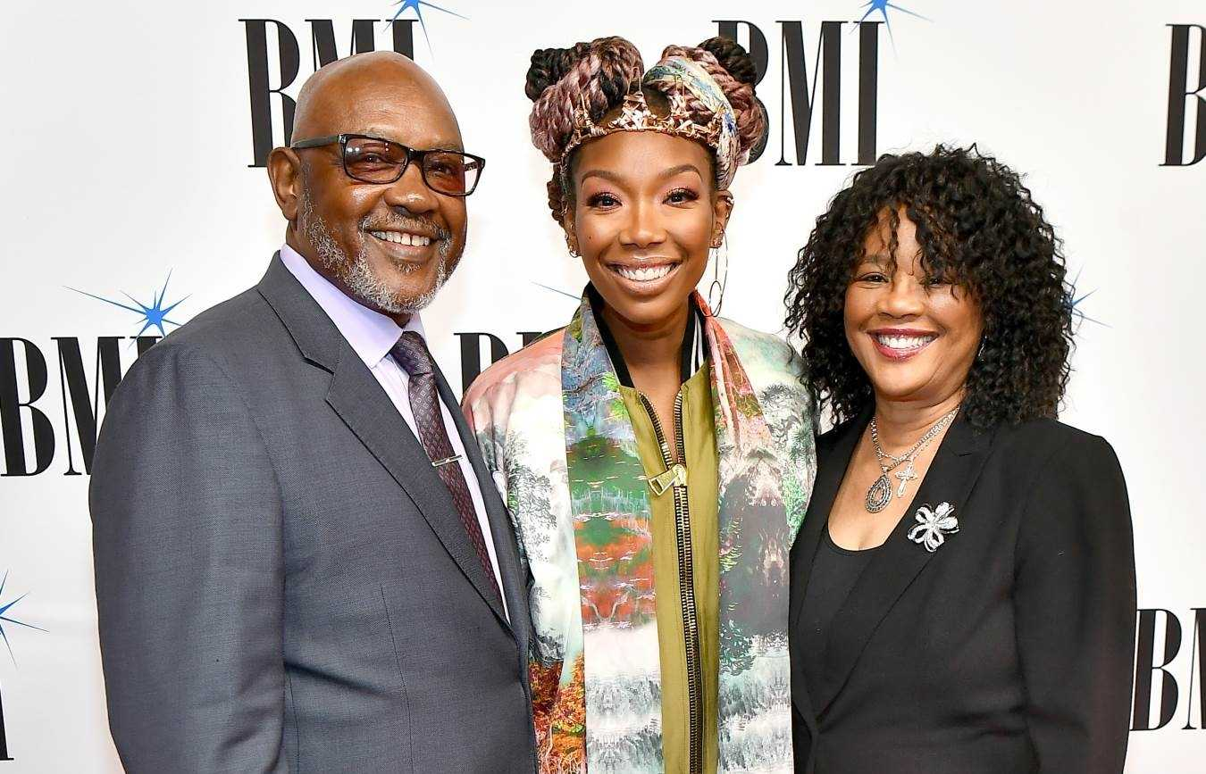 BRANDY HONORED WITH THE BMI PRESIDENT'S AWARD AT THE 2019 BMI R&B/HIP-HOP AWARDS #BMIRnBHHAwards [PHOTOS]