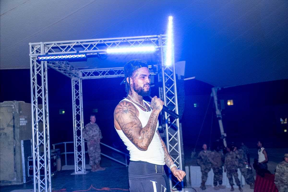 DAVE EAST PERFORMS FOR U.S. TROOPS IN QATAR ON NEW YEAR'S EVE [PHOTOS]