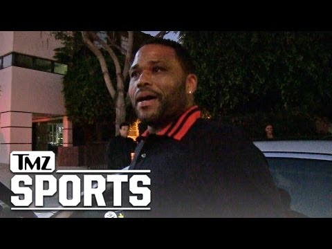 Anthony Anderson Supports Colin Kaepernick's Protest [Video]