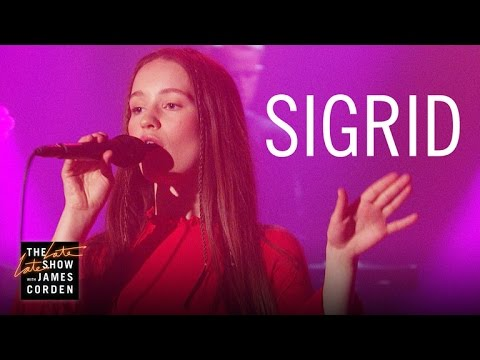 "Sigrid Performing ""Don't Kill My Vibe"" on James Corden"