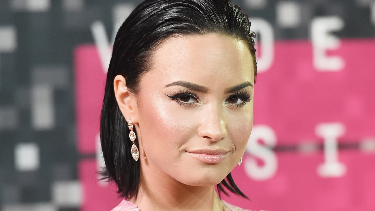 Demi Lovato & Every Celebrity Finsta Account We Know Of!