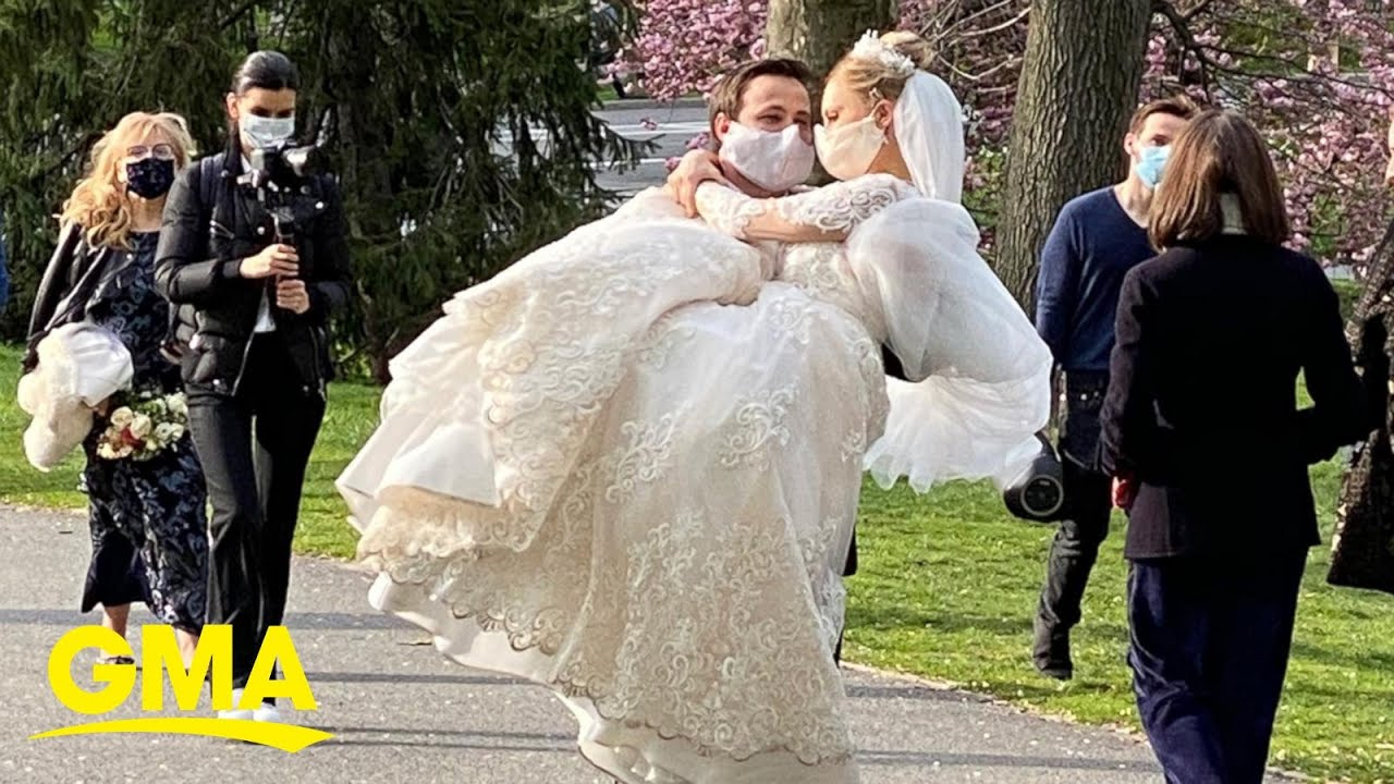 Is it safe to go to a wedding this summer? l GMA Digital