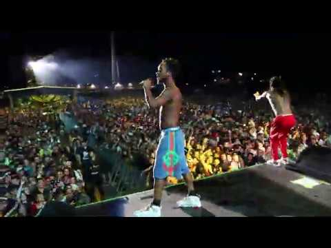 Rae Sremmurd sing Happy Birthday to @ThatDancer (Dour Festival 2019)