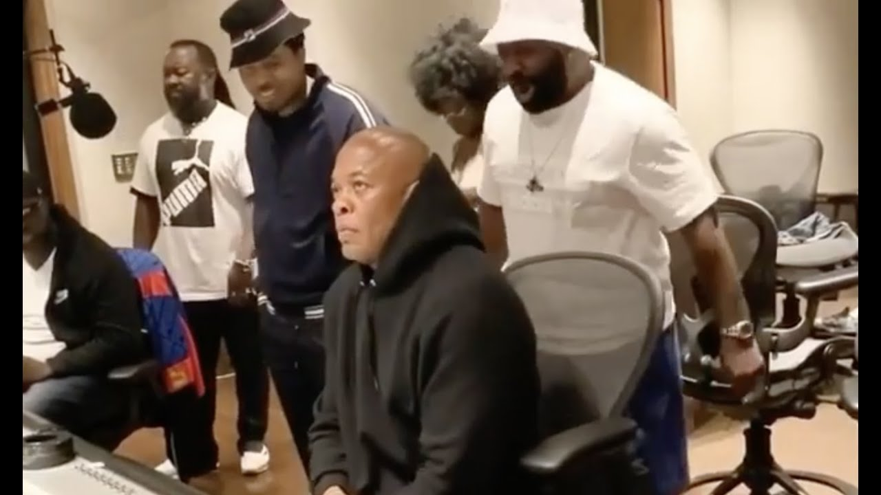 Dr. Dre Looks Like He Ain't Feeling Nas New Album After Playing It For Him In The Studio