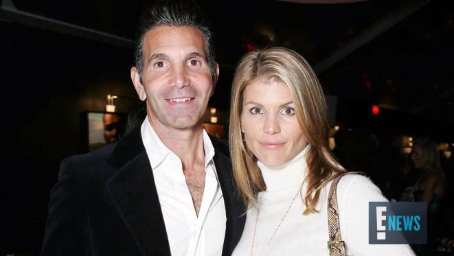"Lori Loughlin and Mossimo Giannulli Are ""Terrified"" of Looming Prison Time"