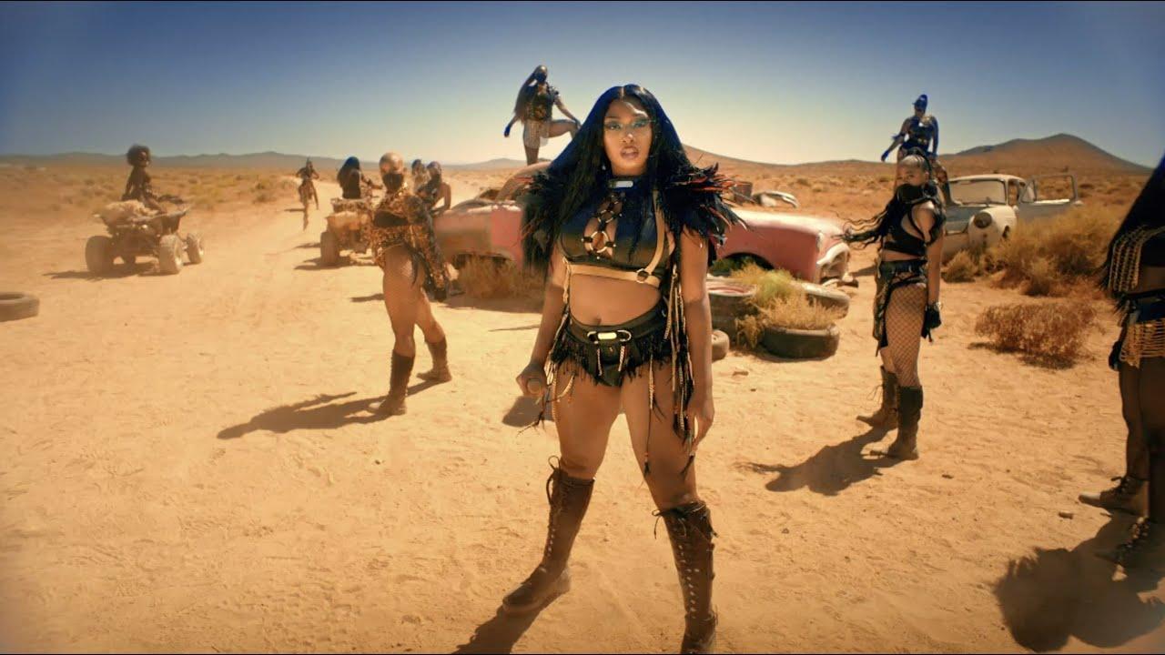 Megan Thee Stallion – Girls In The Hood & Savage Remix Performance [BET Awards 2020]