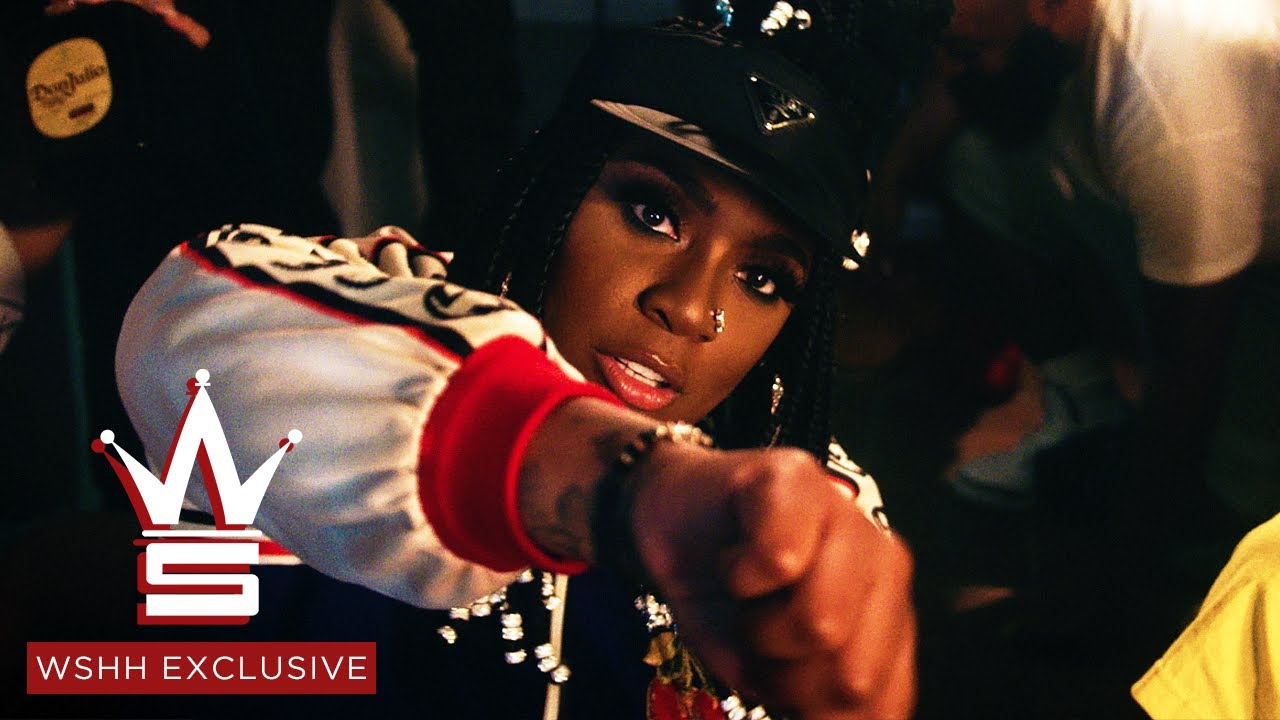 """Kamaiyah & Capolow – """"Oakland Nights"""" (Official Music Video – WSHH Exclusive)"""