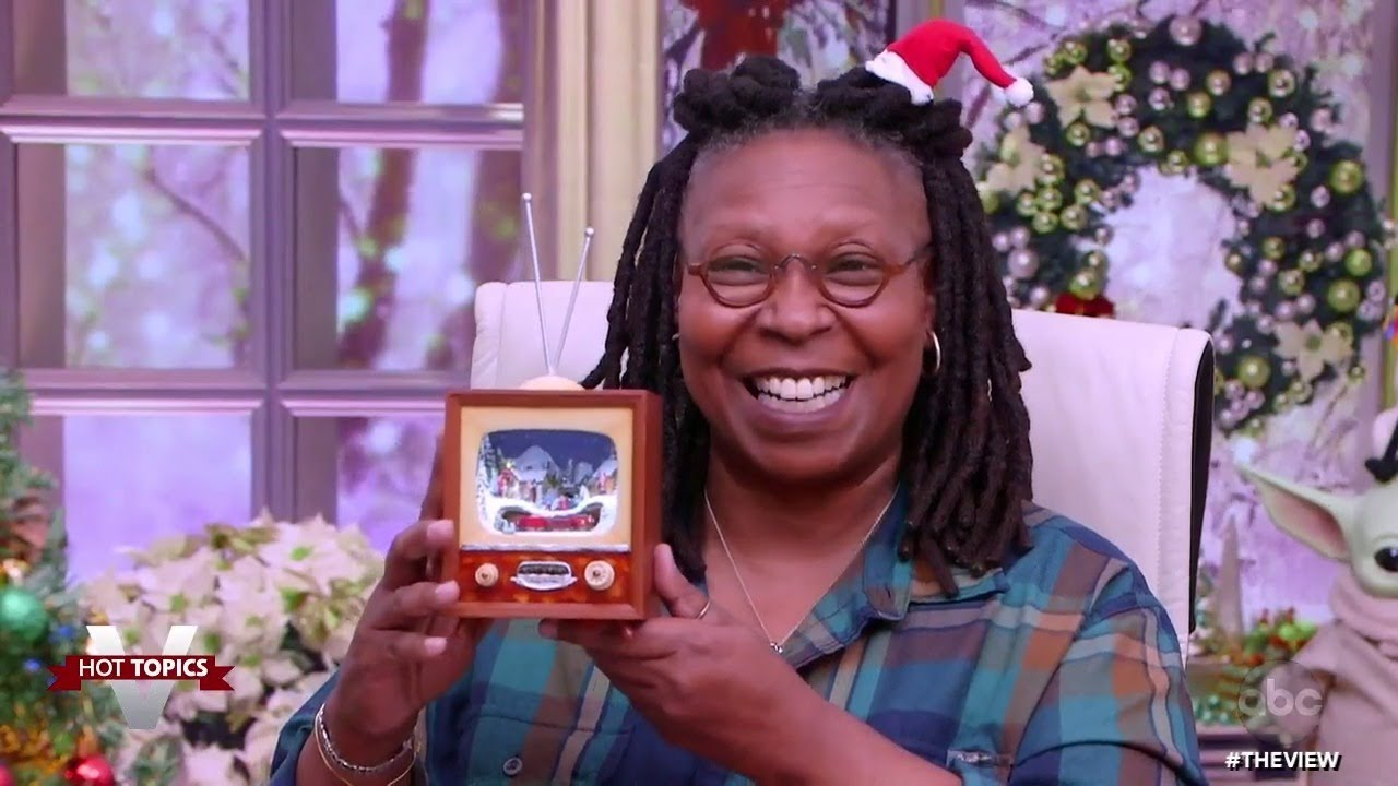 Whoopi Goldberg Shares Her Festive Holiday Decor | The View