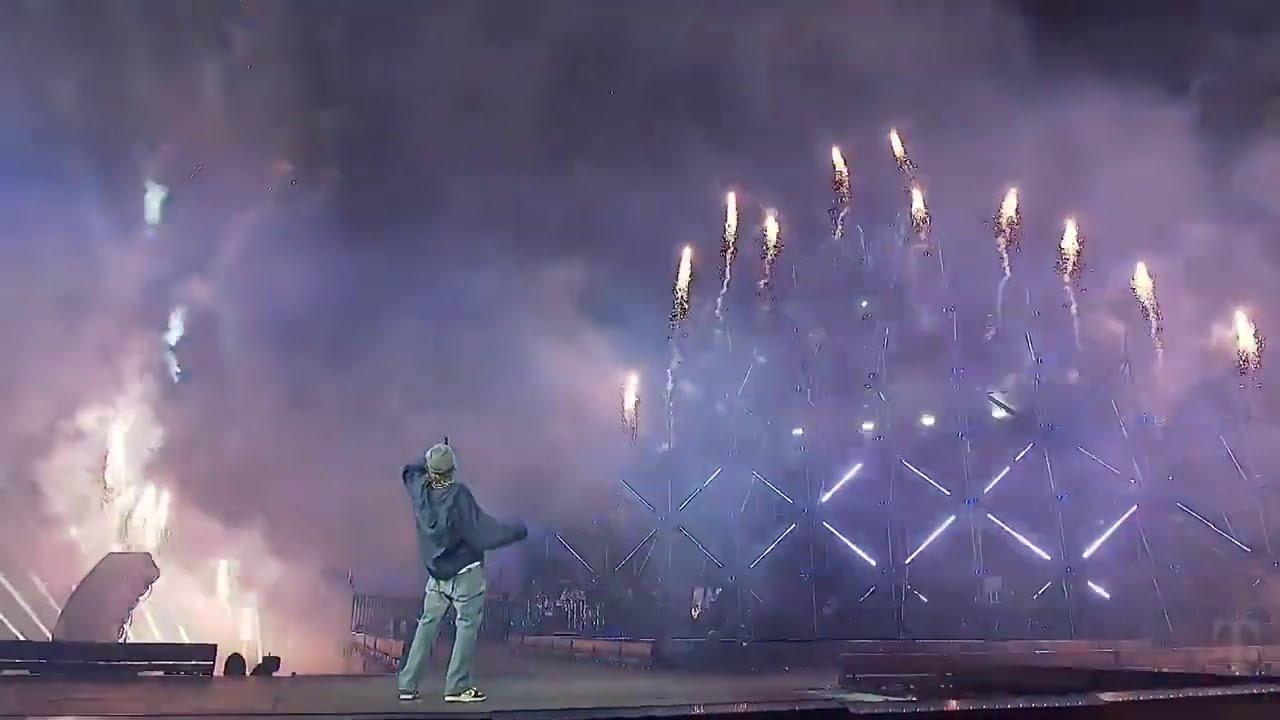 Justin Bieber – Anyone (Live from NYE)