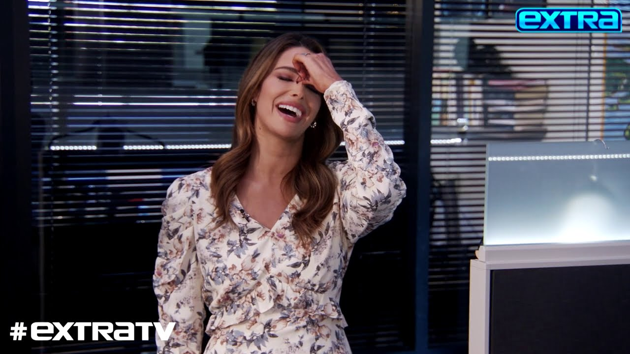 Goofing Around! See 'Extra's' Funniest Bloopers of the Week