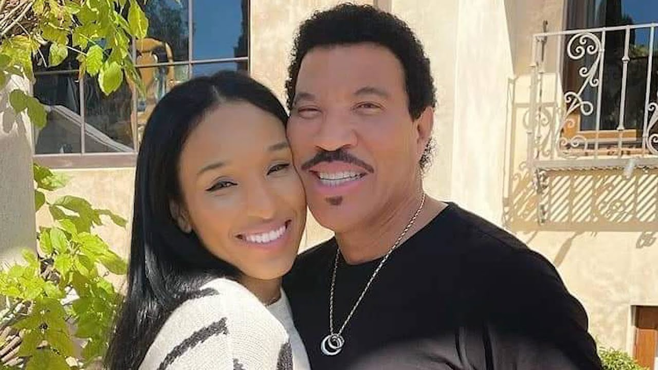 Y'all Late! There's Nothing New About Lionel Richie And His Much Younger Boo