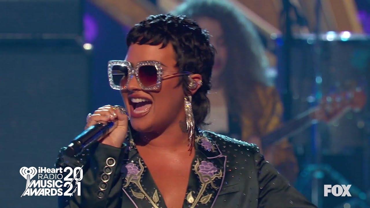 Demi Lovato – I'm Still Standing [Elton John Tribute] (Live at the iHeartRadio Music Awards 2021)